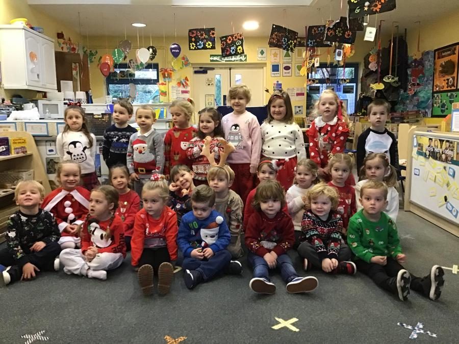 Everyone looked fantastic in their Christmas clothes.