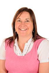 Chameleons Class Teacher (Y4 & Y5) - Mrs. Sharon Hunt
