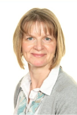 Mrs Carol Painter