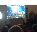 Sharing underwater scenes