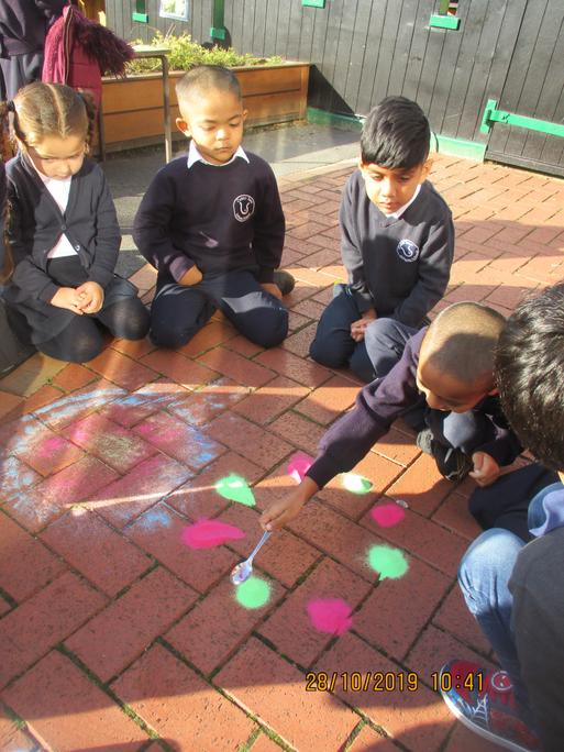 We made more patterns using coloured sand.
