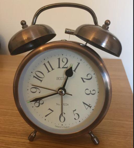 Eliza - clock
