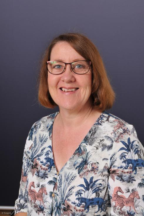 DIANE SAXTON- Teaching Assistant