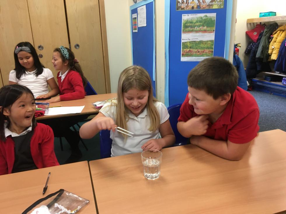 KS2 seeing how sound waves produce vibrations in water