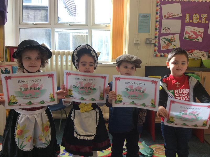 Prize Winners- Observational drawing of Daffodils