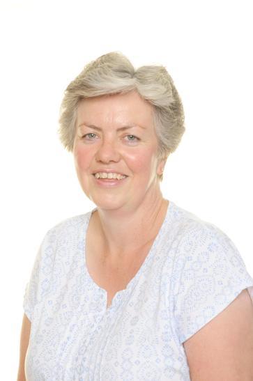 Mrs Hunt - Senior Midday Supervisor