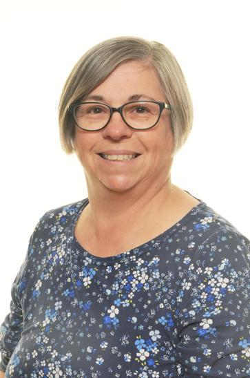 Mrs Redfern- FS1 Teacher