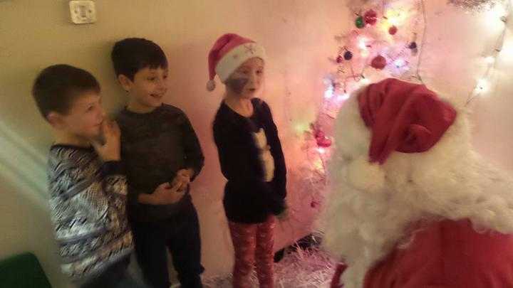 Father Christmas meets the pupils of DDPS