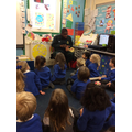 Kirk the paramedic came to visit Early Years.