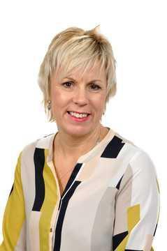 Mrs Jo Grashoff - Community Governor
