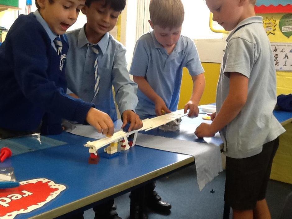 Fantastic teamwork on red table.