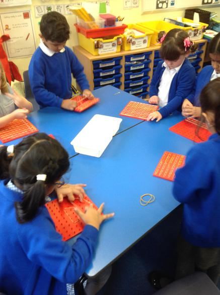 Making patterns on the pin boards