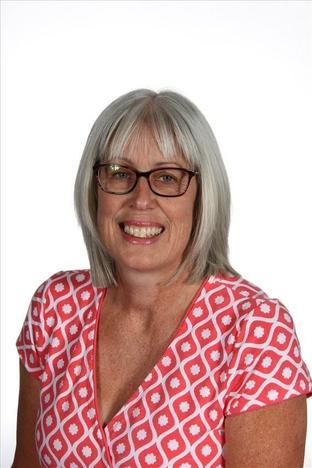 Mrs E Drage - Nursery Teaching Assistant
