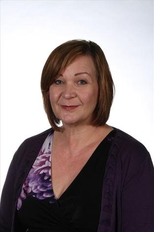 Tracey Archer        Learning Mentor