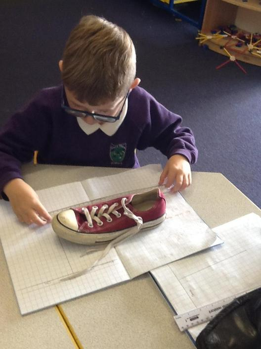 Measuring shoes.