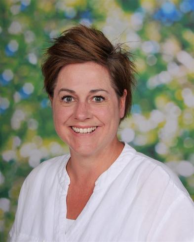 Mrs Reeder - Kestrels Class Teacher