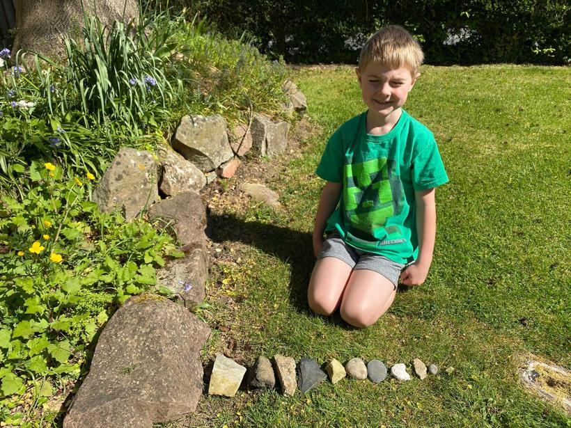 Sorting rocks by size