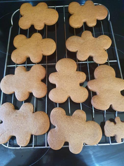 Cooking Gingerbread Men - Rhys