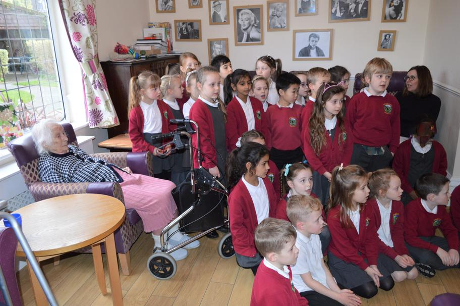 Class 9 visited Woodstock Nursing Home