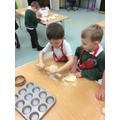 Making mince pies