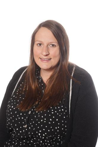 Miss Rebecca Kemp - Y5/6 Phase Leader/Y5/6 Class Teacher