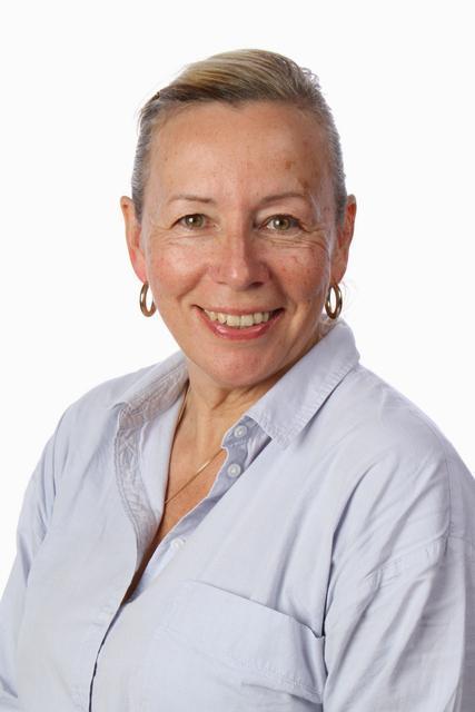 Lorraine Sheppard - Teaching Assistant