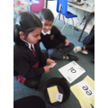 Segmenting to read words with digraphs ee and ai