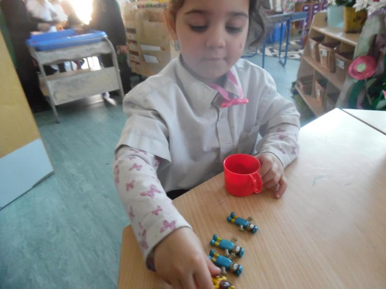 She checked and counted 5 objects altogether.