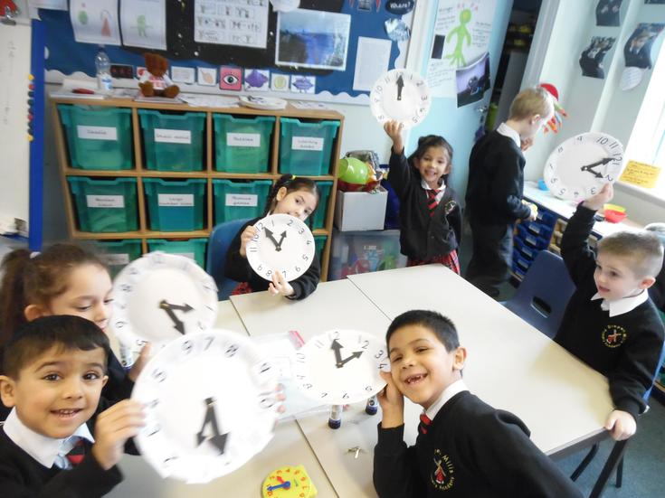 Making our own clocks to read the time