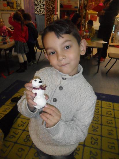 A model magic snowman.