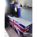 Ta Dah!  A new desk built & installed!