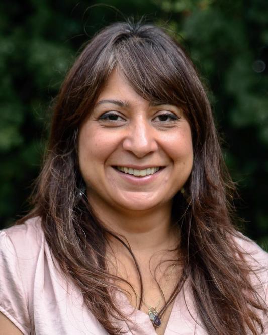 Samina Stoney-Orange Class Teacher