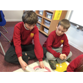 Year 6 reading to Year 2