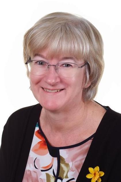 Mrs Mitchell -Headteacher