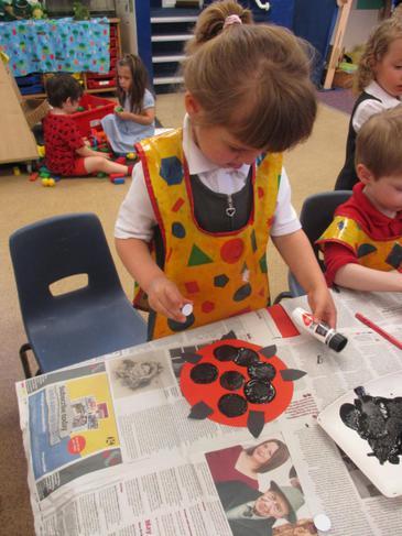 Creating a ladybird with various materials!