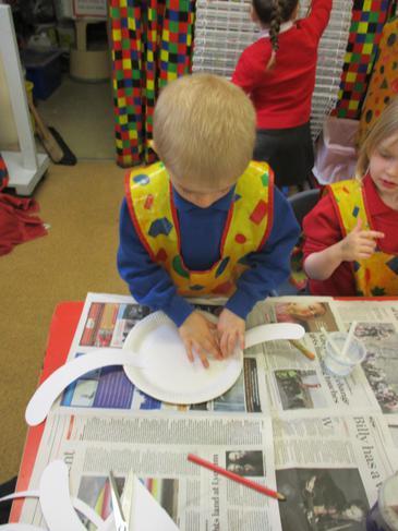 My paper plate dinosaur!