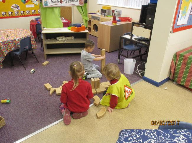 Making towers and roads with the building blocks