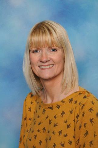 Rachael Eyre:  Staff Governor and EYFS Lead