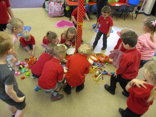 Music bugs came to Nursery!