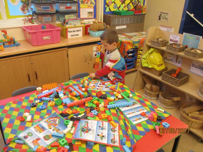 Building our own models using construction toys