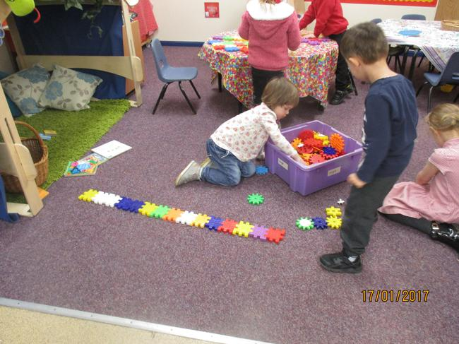 Making patterns with the cogs