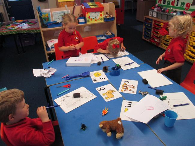 We sorted farm objects by the initial sound.