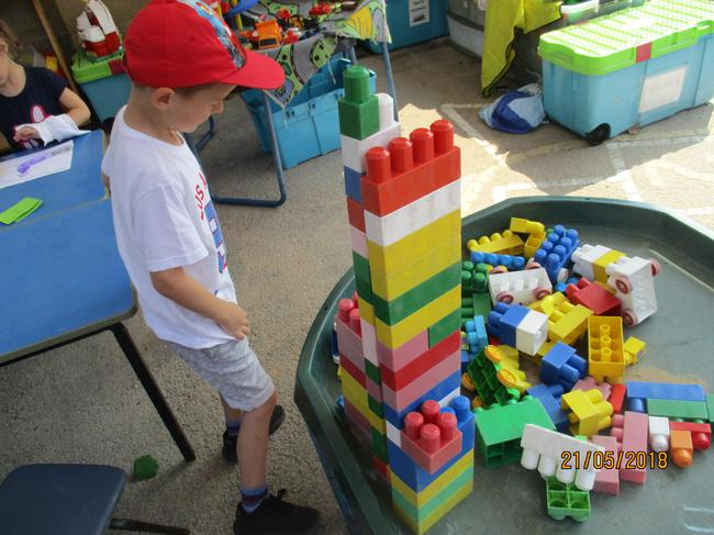 building castles and palaces