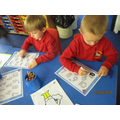 Practising writing our numbers