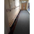 Empty cloakroom - so tidy!!