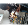 Zaynah is preparing her cupcakes