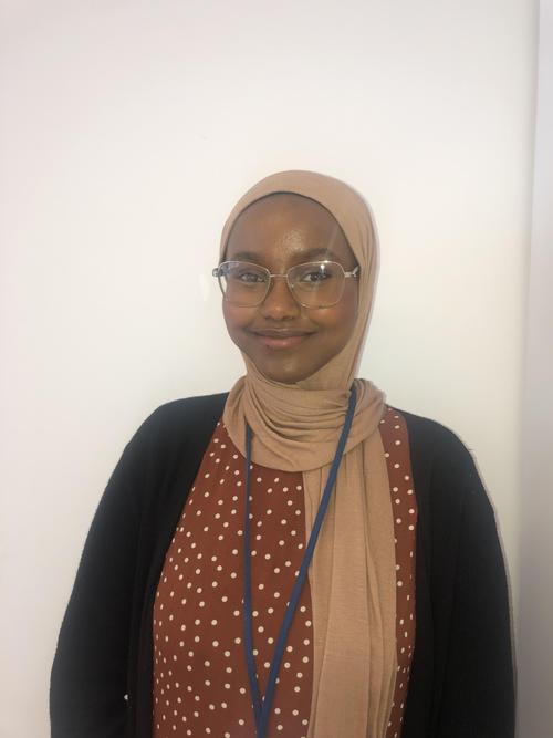 Muna, Teaching Assistant in Year 3