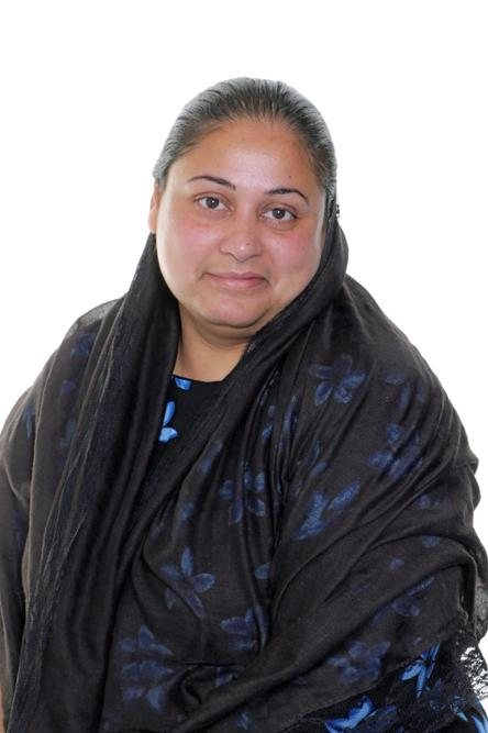 Amina, Teaching Assistant in Reception