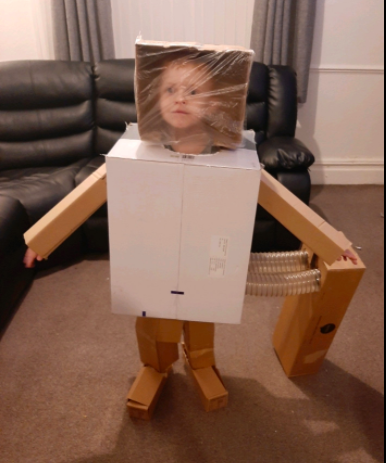 Rhys worked very hard to make his space suit ready for his space adventure! Da iawn Rhys!