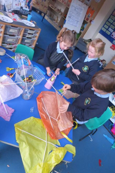 ..inspired us to make and test out kites; thinking about how light they need to be!